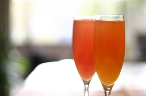 mango bellini recipe with grilled mango - Dresses & Appetizers