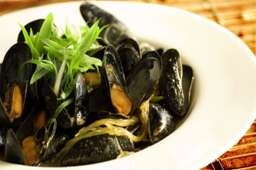 Mussels with Lemon grass Recipe - Dresses & Appetizers