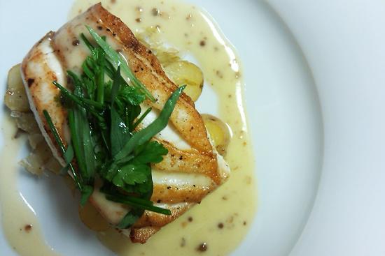 Sea Bass, fines herbes, beurre fondue picture - Dresses & Appetizers