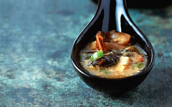 Chinese Hot and Sour Soup via Gourmet.com
